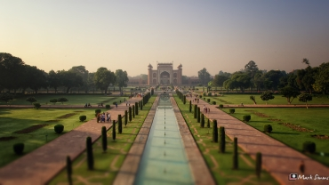 Taj Mahal: Charbagh & Great Gate, Agra, Uttar Pradesh, India