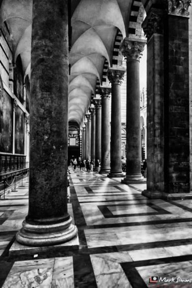 Duomo Interior, Piazza dei Miracoli, Pisa, Tuscany, Italy